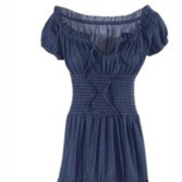 f94b9468b2 Pyramid Collection Dark Denim Peasant Dress. M 5b2cf48fe944ba0618235ce3